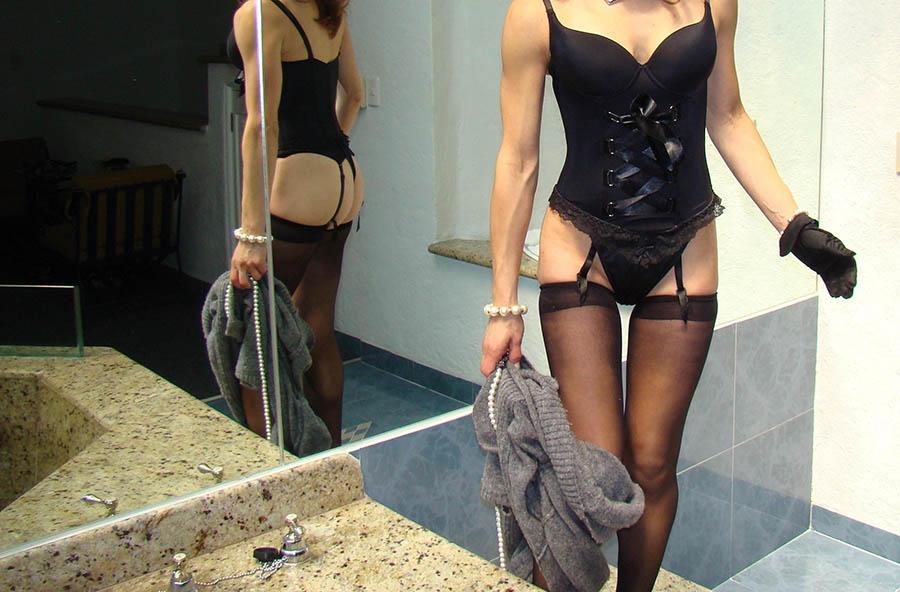 Vill ni ha en undergiven kvinna att leka med?